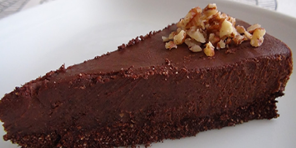 Prajitura de ciocolata raw vegana