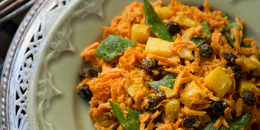 Salata de morcovi cu dressing de curry